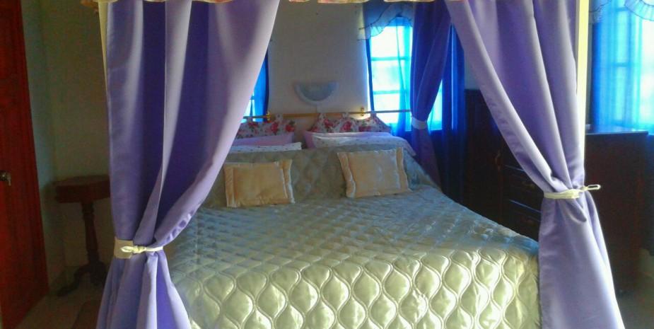 Fuya Fuya 6 - 4 poster bed
